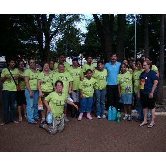 Na praça da Rádio, Kemp participa do Dia da Pessoa com Deficiência