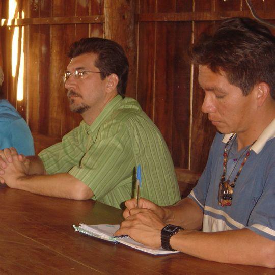 Pedro Kemp e o vereador Otoniel, da etnia Kaiowá Guarani