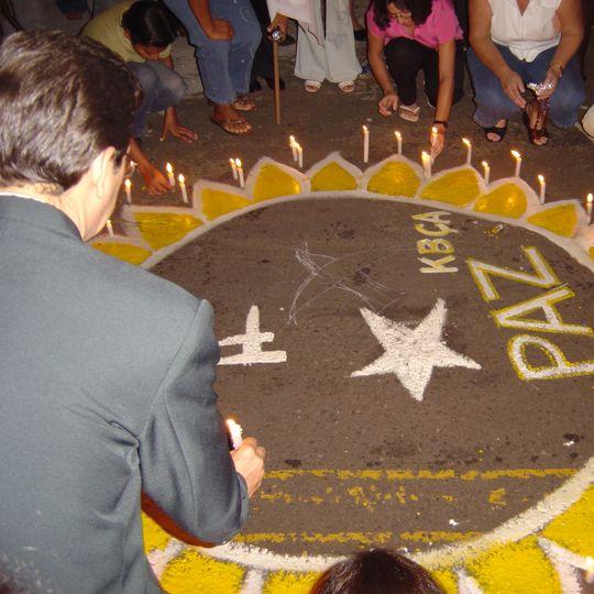 Pedro Kemp participa de ato pela paz.