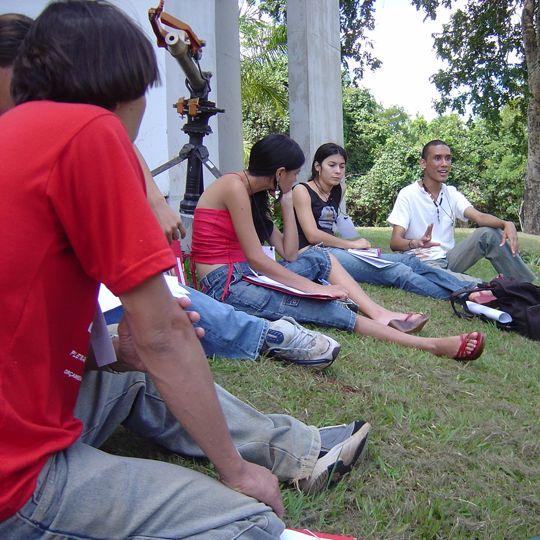 Jovens fazem debate durante audiência pública promovida pelo Mandato