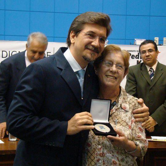 Pedro Kemp e irmã Olga - homenageada na sessão solene.