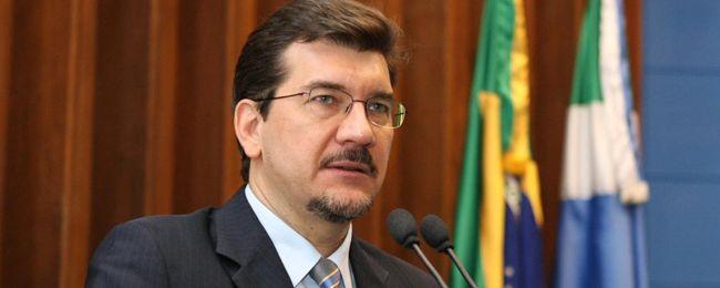 Parlamentar enfatizou que 33 prefeituras de MS ainda não pagam o piso.